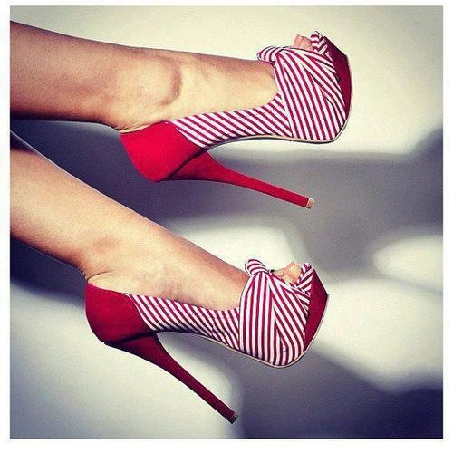 These nautical pumps are too cute! #ladylux #ladyluxswimwear