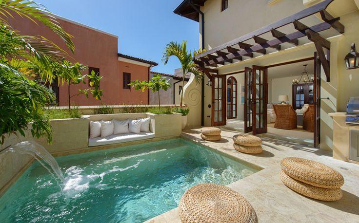 Casa MarySol is een prachtig zeven slaapkamer vakantievilla gelegen aan Las Catalinas aan de Guanacaste kust van Costa Rica