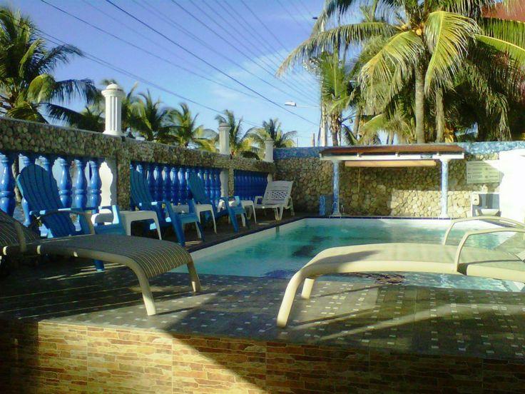 Piscina panormaica hacia el mar Hotel Island House San Andrés