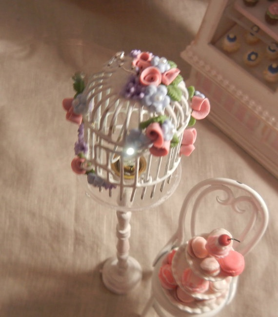 mini bird cage with light