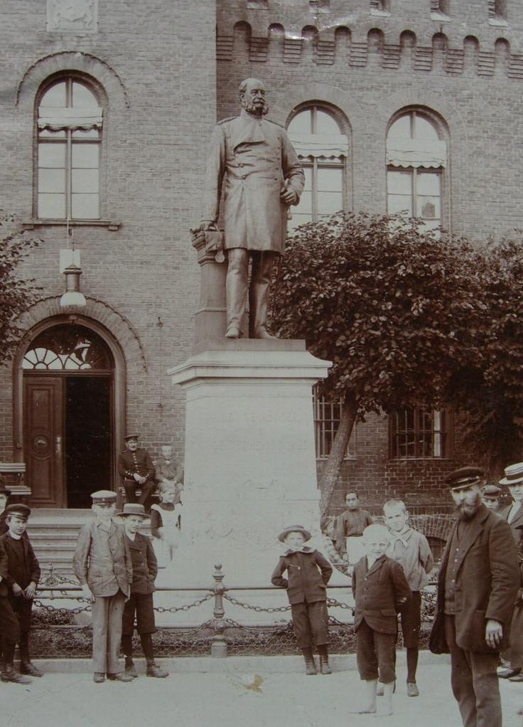 Kaiser Denkmal Neustettin 1898