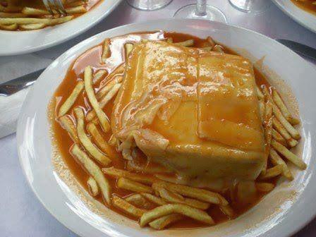 Aprenda a fazer Francesinha à moda do Porto de maneira fácil e económica. As melhores receitas estão aqui, entre e aprenda a cozinhar como um verdadeiro chef.