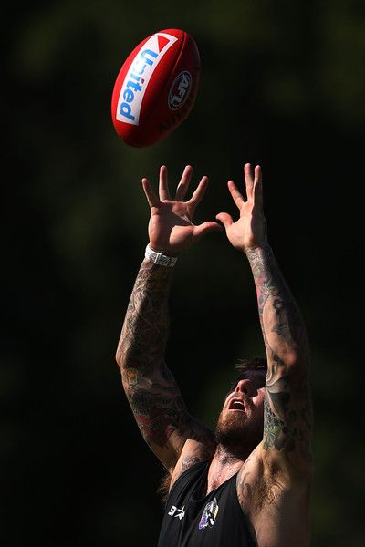 Dane Swan marks the ball during a Collingwood Magpies AFL training session at Olympic Park on January 23, 2015 in Melbourne, Australia. (January 22, 2015 - Source: Michael Dodge/Getty Images AsiaPac)