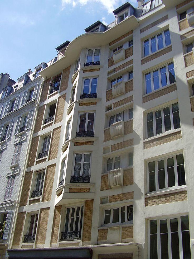 Immeuble HBM avec structure en béton armé apparente, au 7 rue de Trétaigne à Paris 18e, Henri Sauvage 1903-1904
