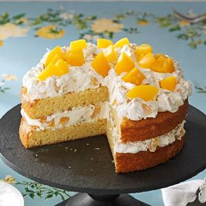 Cake with Peaches. Easy to make and beautiful presentation.  Peaches make this dessert so fresh and light!