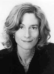 Martha Craven Nussbaum (1947) es una filósofa estadounidense. Sus intereses se centran, en particular, en la filosofía antigua, la filosofía política, la filosofía del derecho y la ética,se fue acercando a la filosofía, para finalmente graduarse en Harvard en 1972.  Uno de sus libros más influyentes El ocultamiento de lo humano: repugnancia, vergüenza y ley, hace un profundo estudio de las emociones.Allí trata temas como el miedo, la vergüenza, la gratitud y el rencor