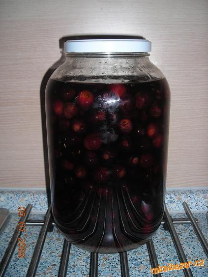 Třešně v rumu - opilé potěšení