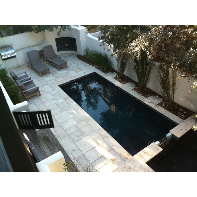 Pool hot tub corner fireplace built in grill rosemary for Florida hot tubs