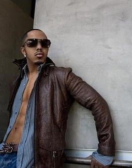 "Video Ufficiale: ""Flay Away"" MARQUES HOUSTON - http://voiceofsoul.it/marques-houston-fly-away-video/"