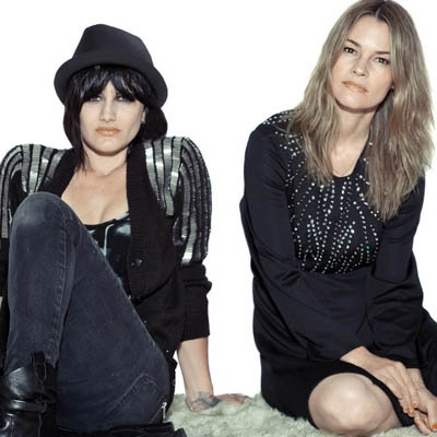 uhh uh Electronic duo uh huh her take their unique brand of dancepop to the masses, touring with a new record.
