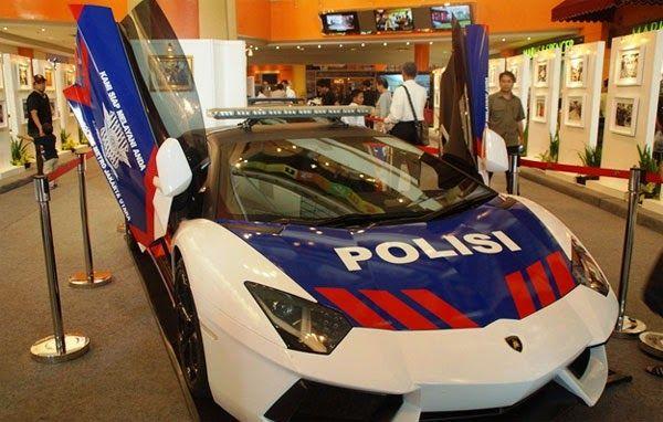 Polisi lamborghini
