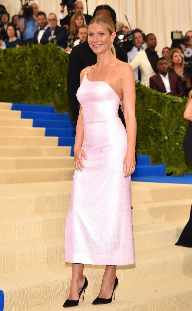 2017 Met Gala: Red Carpet Arrivals Gwyneth Paltrow, 2017 Met Gala Arrivals