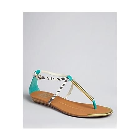 DV Dolce Vita Thong Flat Sandals      http://beso.ly/rd/4701137354?a=561623=1