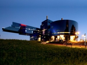 The amazing cantilever at Jean Nouvel's Guthrie Theater, Minneapolis, MN. Perched above the Mississippi River, the architecture is amazing, the views are stunning, access is free (unless you're there for a production), they have a lovely pastry and coffee bar and a restaurant too.  Check out the amber room for photo ops!  #MyHometownPins