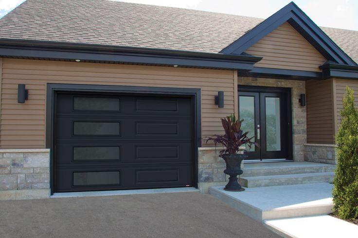Black garage door modern | Porte de garage noire moderne