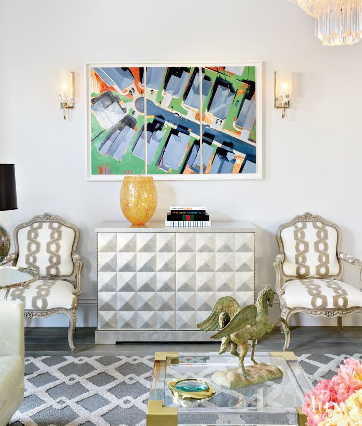 Designer Ken Fulk Worked With An Energizing Mix Of Furnishings In The  Living Area Of A