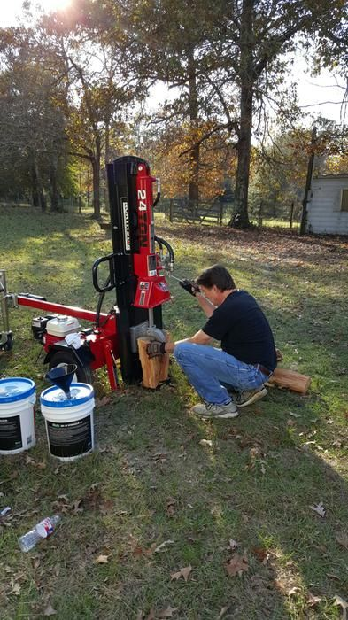 """NorthStar Log Splitter customer review: """"I am very pleased with the log splitter, and having assembled it myself know every thing about it and as a result clearly understand how it works. The splitter is very strong, and has no problems splitting 24"""" and larger oak logs. As my first test I split one 24"""" log in a couple of minutes, enough firewood to have a nice fire for the evening. The Honda engine (one of the reasons I selected this model) starts up on the first pull, and runs great."""""""
