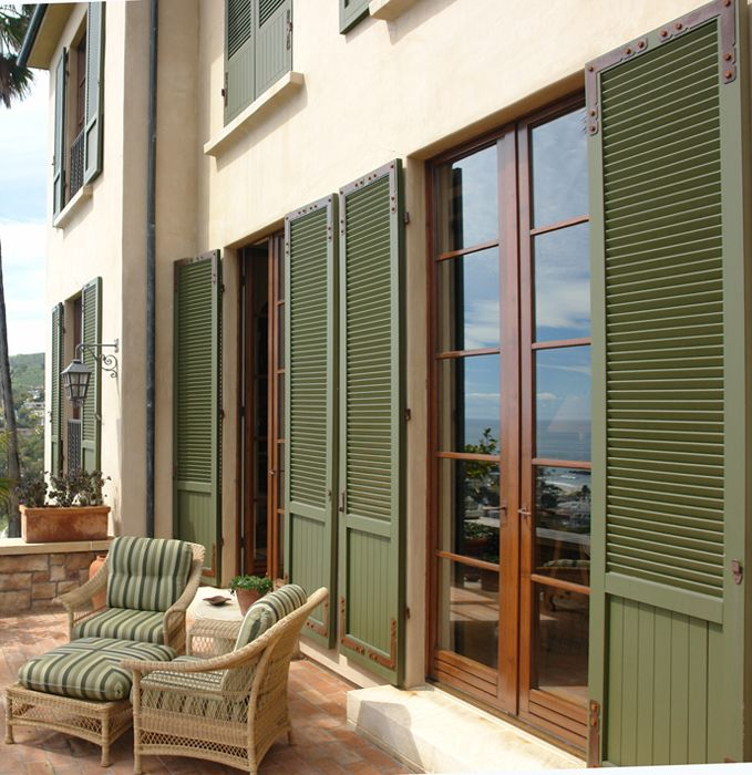 Albertini green shutters