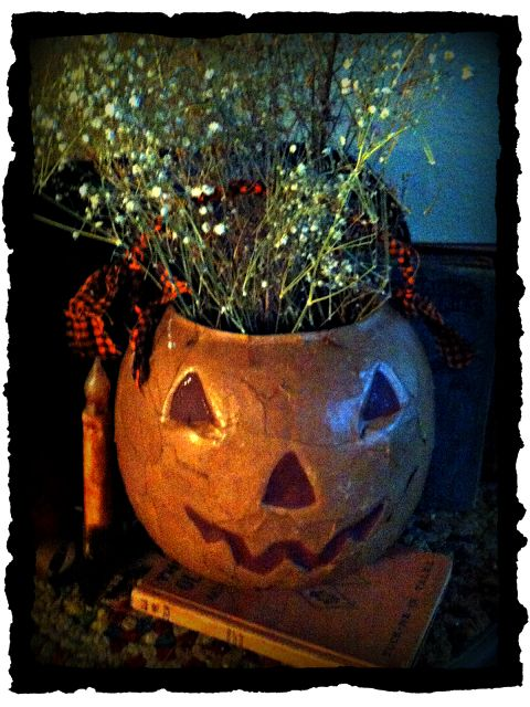 Past Blessings: Farm Fresh Fall Decor Using What You Have . . . Make this primitive piece using the cheap plastic pumpkins everyone has for Halloween!  Simple instructions on this blog! http://www.pastblessings.com