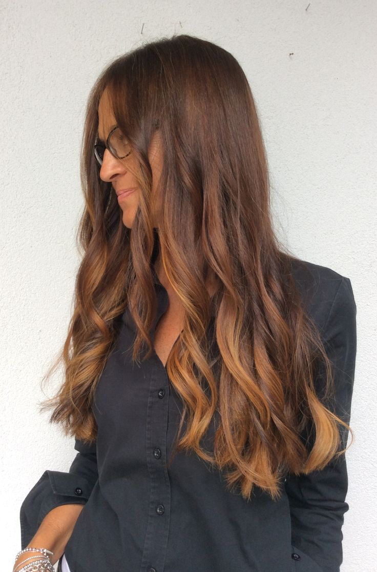 Centro Degradè Conseil Lucia De Marco GIOIÀ  #centrodegradeconseilgioia #mod #glamour #fashion #lepiubellesfumature #gioiatuttalatuabellezza #longhair #hairstyle #nellemanigiuste #loreal