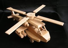 wooden-combat-toy-helicoper-apache. Helicopters wooden toys. 35.00 € 230x600x100 mm www.soly-toys.com