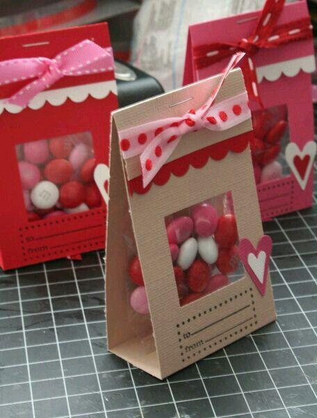 Inspiration: darling window treat holder ~ Cajita de regalo