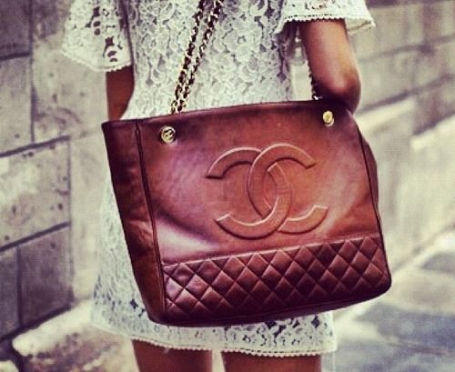 Vintage Chanel. So gorgeous