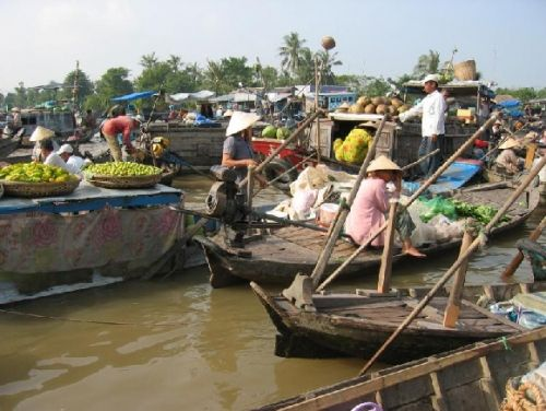Mekong Delta Tour to Cambodia 3 Days (Cai Be - Vinh Long -  Chau Doc - Phnompenh)