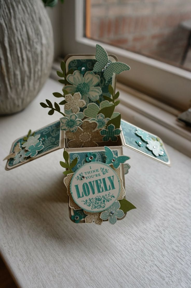 Stampin up Flower Shop, pansy punch, Petitie Petals, Papillion Potppourri, card in a box