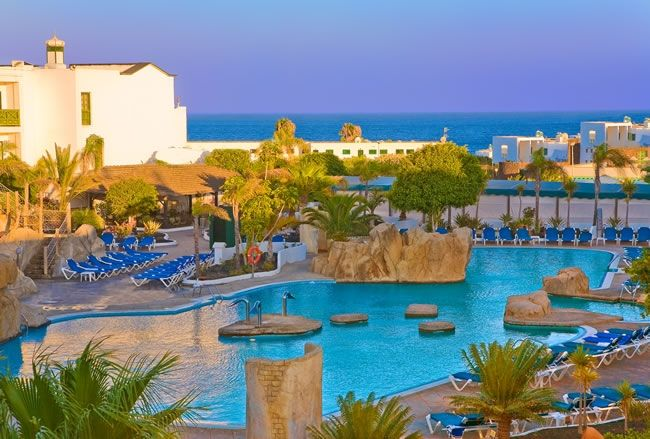 Browse Thousands of exiting weekend breaks, Beach Holidays, Last minute holiday deals and cheap holiday deals to Lanzarote, Spain from Book It Now. ATOL protected!