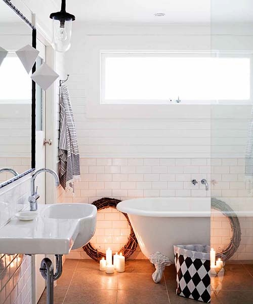 White on white bathrooms... Adore!