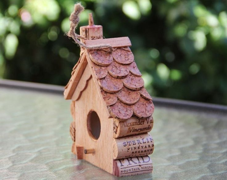 birdhouse from wine corks