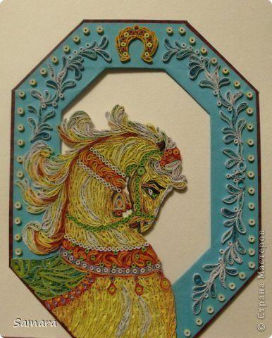 Картина панно рисунок Мастер-класс Новый год Квиллинг Новогодний венок Лошадка Бумажные полосы фото 1