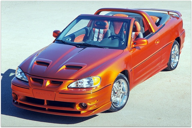 Pontiac Grand Am Convertible Concept Car  <3. Did not even know they made these, look very sharp though!