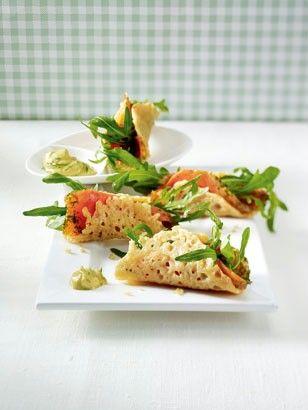 Parmesan-Tacos mit Graved Lachs
