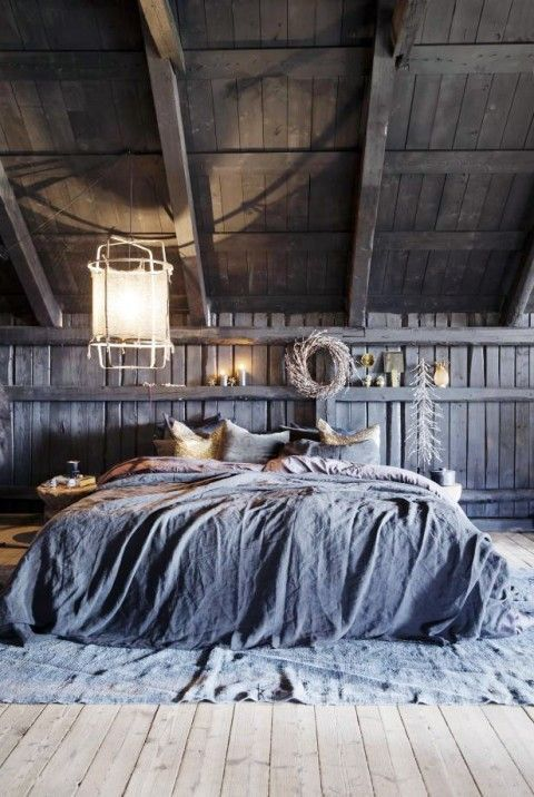 This rustic and industrial bedroom is so cosy!