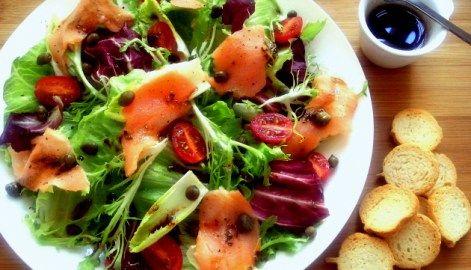 Como preparar saladas completas para substituir refeições