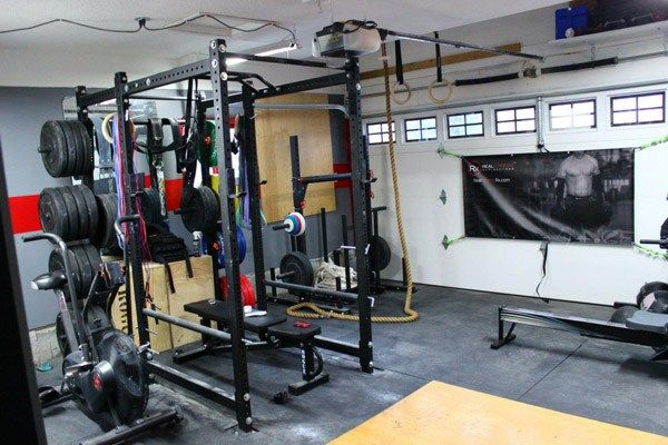 Pretty sweet garage gym seamless flooring and enough