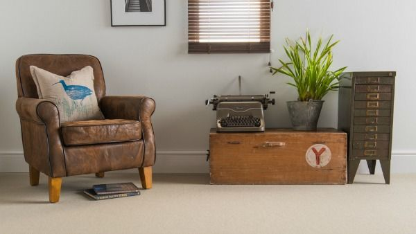 Flooring perfection for larger rooms. Our wool mckenzie is now available in 5m extra wide width, ideal for covering large rooms without a join. #livingrooms #wool #flooring #extrawide