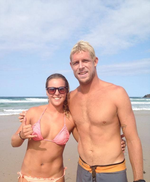Mick Fanning with a Fan | MadAussie.com