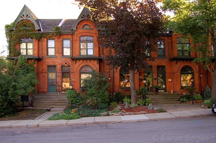 Beatiful old Victorian row houses are being restored. From CORKTOWN: An urban neighbourhood in Hamilton - SkyscraperPage Forum