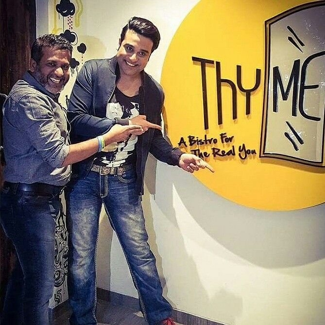 It was our pleasure to have the laughter riot Krishna Abhishek... Fun Thyme indeed #Foodie #ThymeBistro #Drinks #Weekends