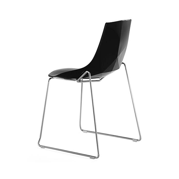 € 82,50 DIAMANTE-SL #SCONTO 50% #sedia con struttura in #metallo a slitta seduta in #plastica di #colore #nero. #Design #moderno con il retro dello schienale che ricorda le geometrie del #diamante. Perfetta per #arredare la #cucina, la #caffetteria oppure nello #studio come sedia da attesa. In #offerta #prezzo #outlet su #chairsoutlet factory #store #arredamento. 100% #MadeinItaly. Comprala adesso su www.chairsoutlet.com
