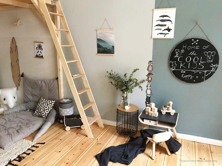 Grün & Grau als harmonische Farbkombination im Kinderzimmer. Die passende Farbe findest du auf www.kolorat.de #KOLORAT #Wandfarbe #Wandgestaltung #interior #Kinderzimmer #kidsroom