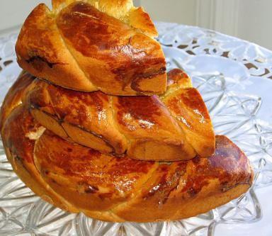 Ukrainian Christmas Bread or Kolach - © 2010 Barbara Rolek licensed to About.com, Inc.