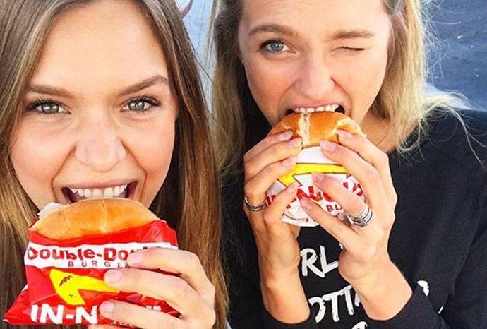 Самые популярные модели отпраздновали день рождения коллеги. Как красотки развлекались в Лас-Вегасе, смотрите у нас!
