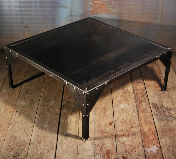 17 best images about table basse industrielle on pinterest - Table basse roulette industrielle ...