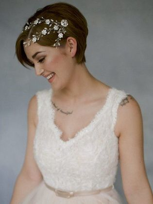 Beautiful hairstyles for a short hair wedding do it yourself
