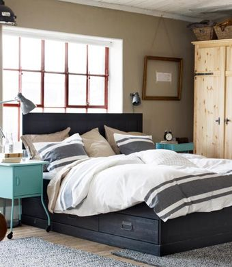 Use Your Sense Of Touch When Creating Your Bedroom And Choose Feel Good  Materials To