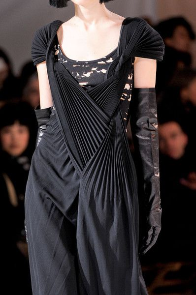 Long black dress with draped & twisted pleat structure; artful fashion details // Yohji Yamamoto